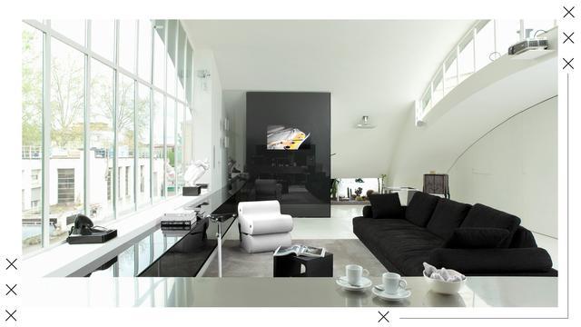 Černobílý obývací pokoj