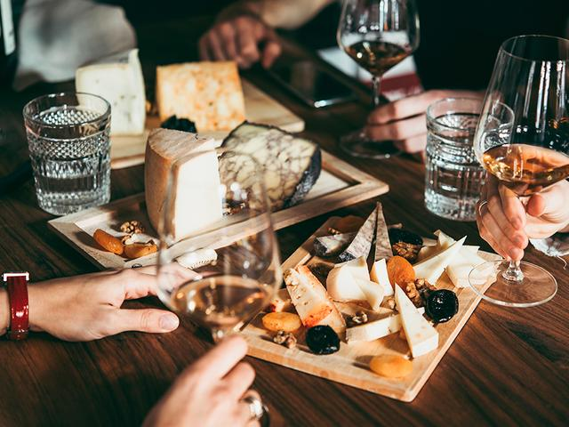 Für Käse- & Wein-Gourmets